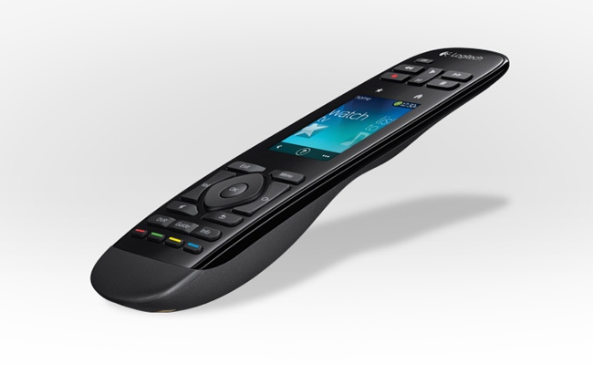 Logitech lanson Telepilotin më touchscreen