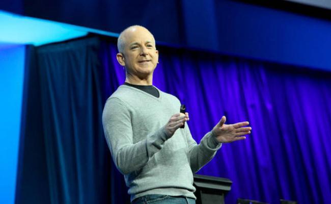 Steven Sinofsky lë kompaninë Microsoft pas 23 viteve