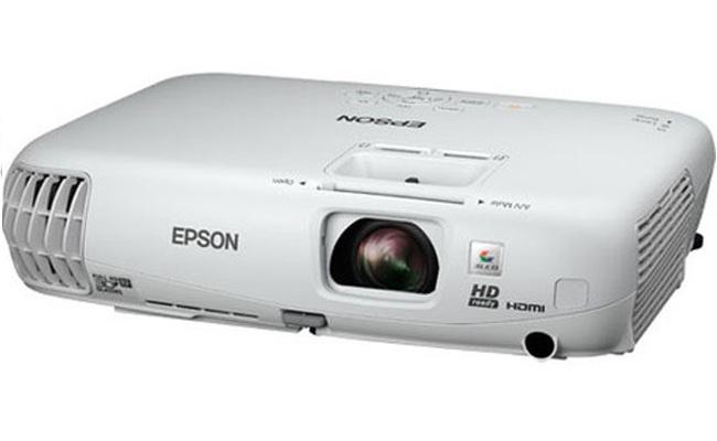 Epson shpalos projektorin e ri 3D Home Cinema 750HD
