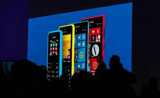 Nokia prezanton 4 telefona mobil të lirë