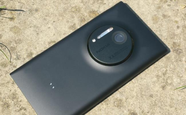 Nokia Lumia 1020 mund të jetë emri zyrtar për Nokia EOS