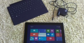 Microsoft Surface tablet (2)