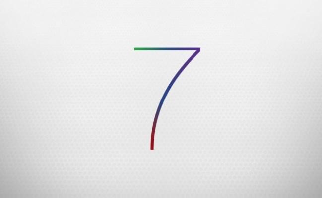Apple publikon versionin iOS 7