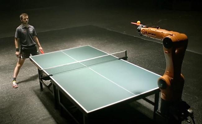 Kampioni Gjerman në Ping Pong do të sfidohet nga Roboti