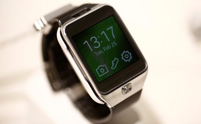 Samsung Gear Solo si opsion kartelën USIM