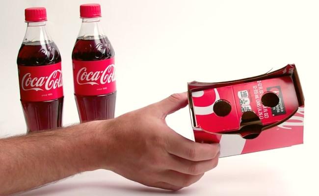Coca-Cola kthen paketimin e pijeve nga kartoni në kufje virtuale (video)