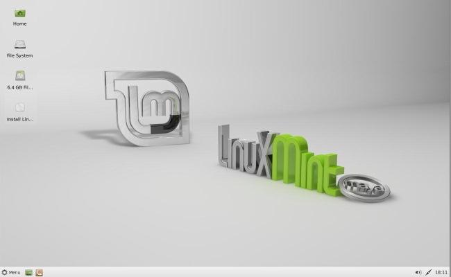 "Linux Mint 13 ""Maya"" Xfce"