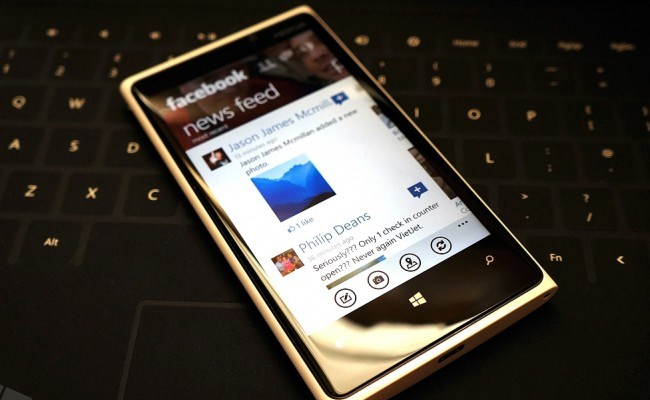 Facebook-u i ri për Windows Phone 8 më i shpejt