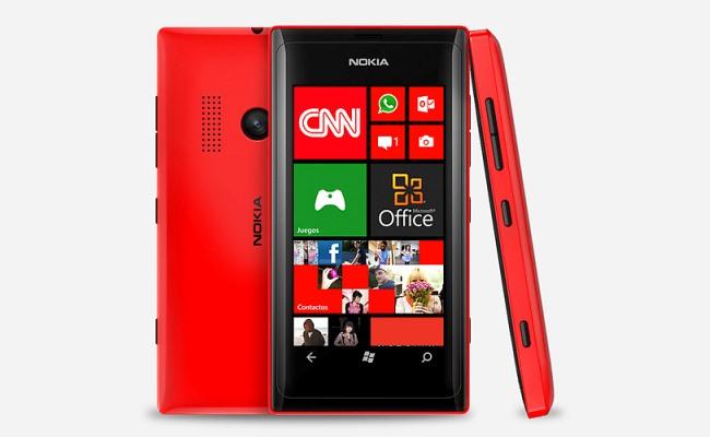 Lansohet Nokia Lumia 505 me specifika të ulëta