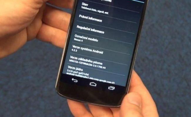 Android 4.2.2 shfaqet në një video në Nexus 4