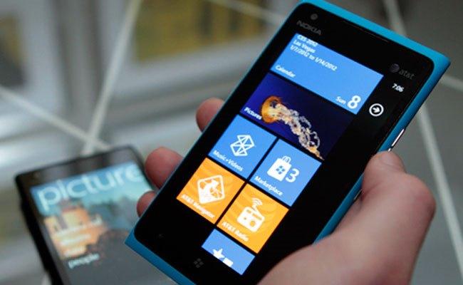 Nokia shet 4.4 milionë Lumia në tremujorin e fundit të vitit 2012