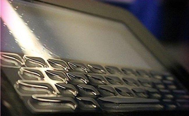 Tactus Morphing, tastiera fizike 3D në ekran të shtypur