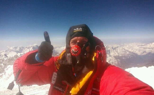 HTC One bën video thirrjen e parë ndonjëherë nga maja e malit Everest