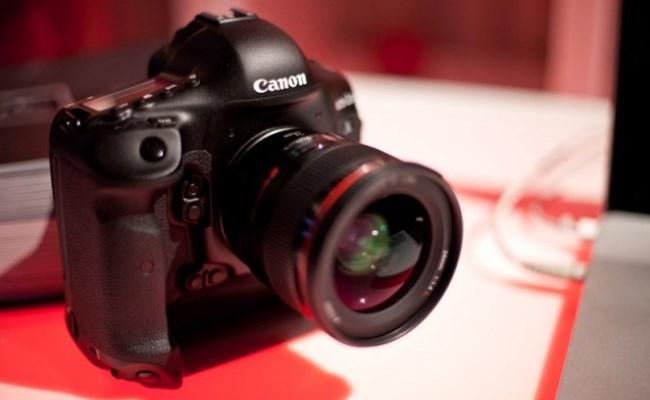 Canon po teston një aparat fotografik me 75 MPix