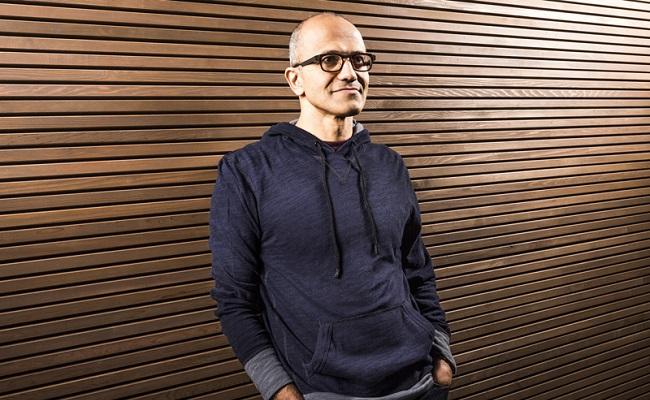 Satya Nadella, emërohet kryeshef i ri i Microsoft-it