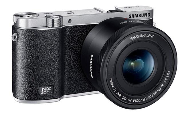 Del në treg kamera Samsung NX3000 Mirrorless me lens 20-50mm