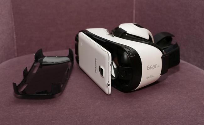 Oculus dhe Samsung pritet që së bashku të krijojnë produkte të reja