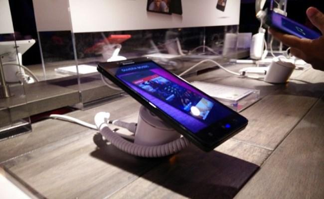 Lenovo prezanton Smartphone-in Android A6000 në CES