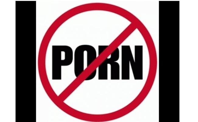 Mbroni fëmijët tuaj nga qasja në porno ueb faqe